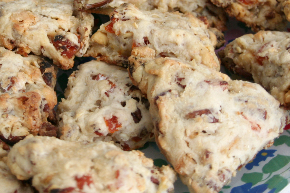 Apricot, White Chocolate, and Pecan Scones – Bakin' Bit